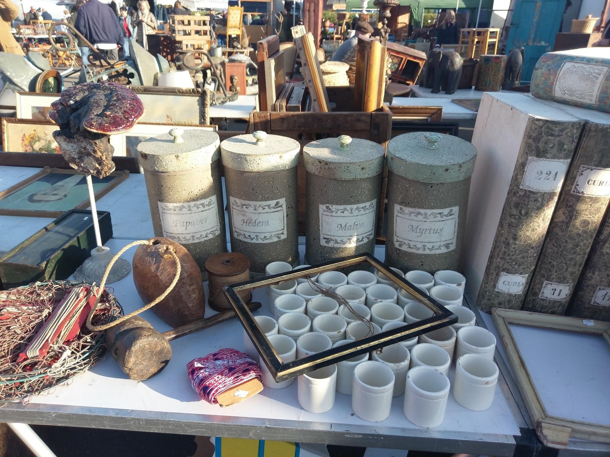 Out About Sunbury Antiques Market